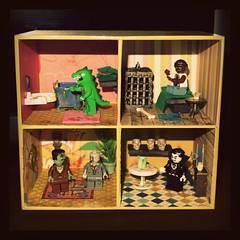Monster House (R D L) Tags: monster lego vampire zombie godzilla frankenstein wolfman dollshouse