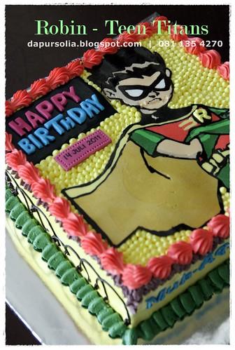 Robin Teen Titans Cake