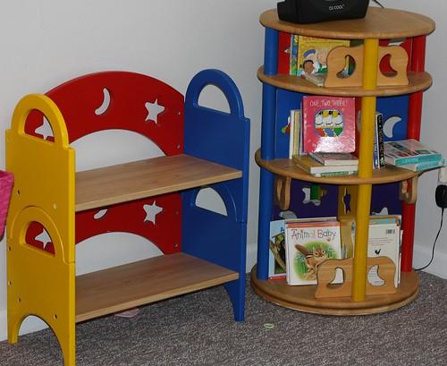 Lexie's bookcases (1)