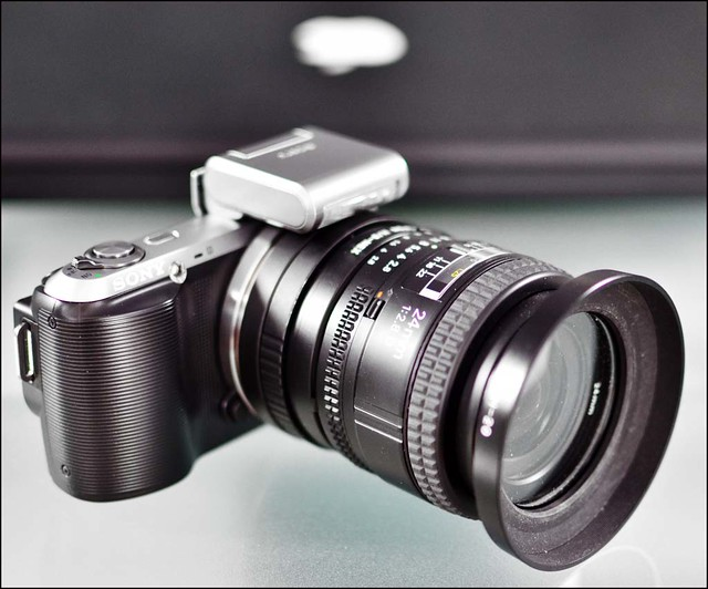 SONY NEX-C3 NIKON 24mm f/2.8