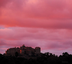 The second best sky of my holiday [Explored] (Robyn Hooz) Tags: old pink sunset sky clouds canon eos tramonto nuvole fort corse calvi citadel cielo layer bliss cittadella forte vecchio temporale strato migliore meraviglia 550d bestsky efs18135is