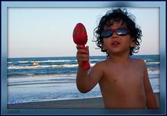 Can You Come and Play With me?? (Mariavica17-) Tags: blue sea sky playing azul mar sand waves gulf arena cielo shovel olas picnik golfo pala enlaisla mariavica atthesouthpadreisland