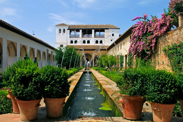 Patio de la acequia Generalife