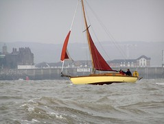 "Buff challenges the Bristol Channel • <a style=""font-size:0.8em;"" href=""http://www.flickr.com/photos/36398778@N08/6069386158/"" target=""_blank"">View on Flickr</a>"