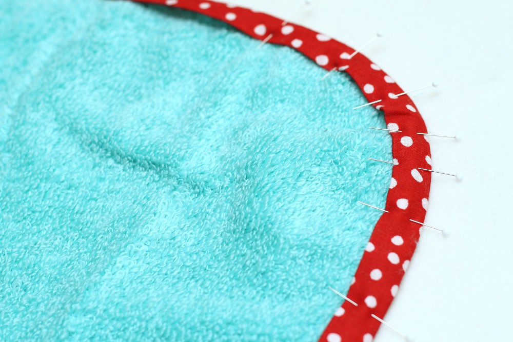 STITCHED by Crystal: Tutorial: Infant Hooded Bath Towel