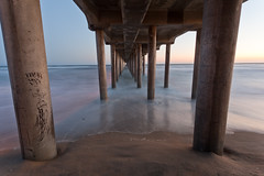 Vanishing Point (Edwin_Abedi) Tags: california longexposure sunset beach night canon photography pier losangeles lowlight waves 5d huntingtonbeach 1740 ef1740mmf4lusm canon5dmarkii eos5dmarkii