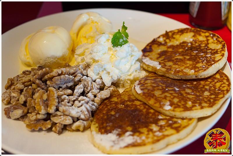 2011.08.28 尼莫漢堡早午餐-23
