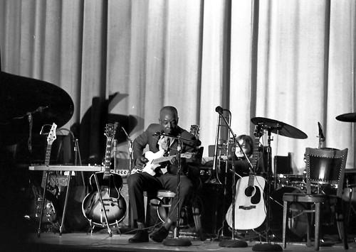 Memphis Blues Festival 1973 by joespake
