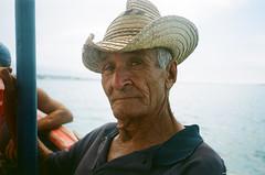 gibara (paolo angius) Tags: portrait ferry canon cuba prima fuji100 gibara pellicola guajiro as1 canonprimaas1