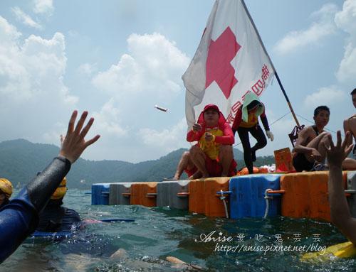 2011泳渡日月潭037.jpg
