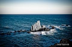 Arrecife de las Sirenas (jorgeizquierdo.es) Tags: españa beach spain nikon playa paisaje almería cabodegatanijar d7000