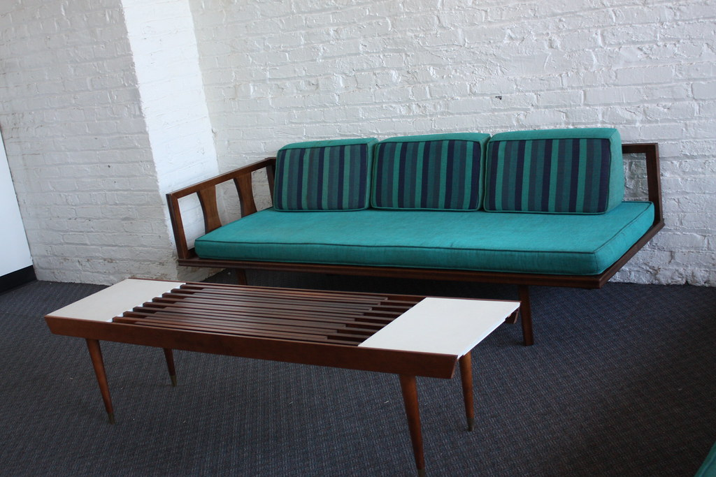 Expandable sofa table for Mid century daybed sofa