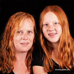 RH11_0367 (Dutch Design Photography) Tags: red portrait woman man black men digital hair studio children photography ginger photo model women long foto fotografie photographer expo kinderen kind curly short breda portret rood zwart vrouw lang vrouwen mery kort haar fotograaf fotostudio digitaal krullen chilc roodharigen roodharigendag redheadday artstudio23 melanierijkers