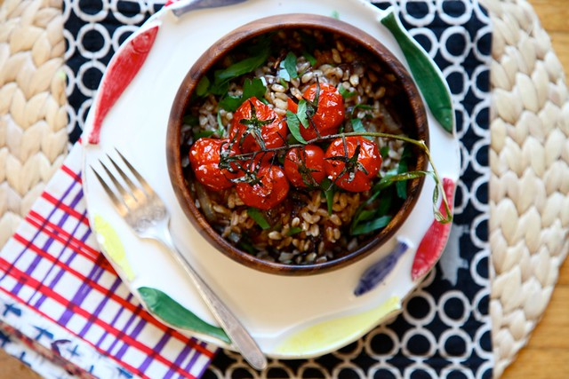 Roasted Tomato and Caramelized Onion Farro Salad
