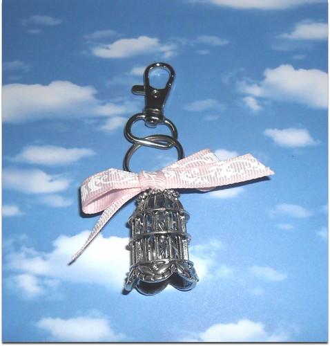 Porta chaves passarinho na gaiola by Fuxiquices-da-isa