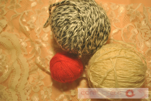 collectibles - vintage yarn 1