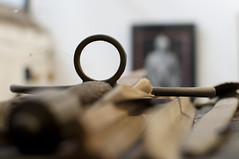 Line of sight (Fauxlaroid) Tags: swords armsarmor