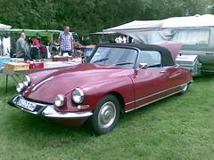 Citroen ID/DS Cabrio (sonjasfotos) Tags: french classiccar id citroen ds convertible oldtimer cabrio flohmarkt göttin handyshot deésse weseke