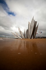 Omaha beach 4 (sylvain.landry) Tags: travel family sky france art beach nature canon photography eos photo lomo europe bestof raw photos 5d omaha normandie dslr guerre reims wer 1944 sylvain landry mkii iiwar remois 5dmkii eos5dmkii sylvainlandry nomrmandy