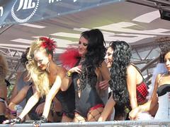 Street Parade 2011 - Zurich - sexy dancers JIL
