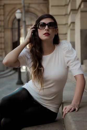 [フリー画像] 人物, 女性, ファッション, サングラス, 201108222100