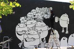 Billede 037 (Paradiso's) Tags: art wall copenhagen graffiti market kunst flea paradiso københavn muur kunstwerk vlooienmarkt plads rommelmarkt valby loppemarked væg artinthemaking kunstevent toftegårds kulturhusvalby
