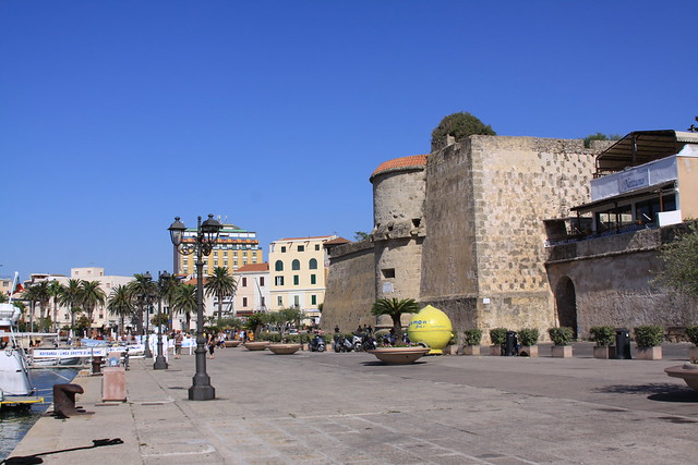 The (remains of the) entrance to Alghero's medieval part of town
