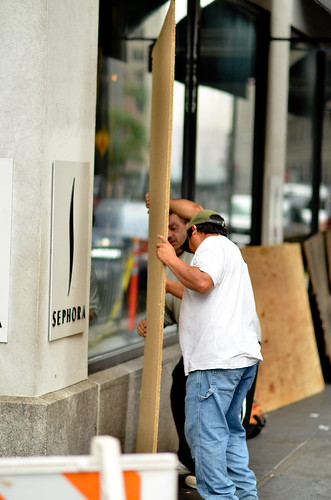 Wall St prepares for Irene