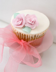Damask rose cupcake (Icing Bliss) Tags: pink flower cupcake sugarpaste