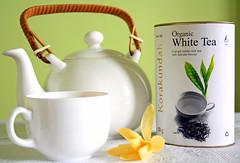White Tea from Neelgiri (Monsoon Lover) Tags: india flickr tea goodmorning chennai champa whitetea michelia healthydrink whiteporcelain sudipguharay ilovethisteapot micheliachampaka neelgiritea chamrajteaestate korakundahteaestate iplantedthistree