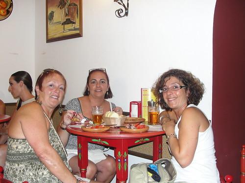 La Taberna-sisters