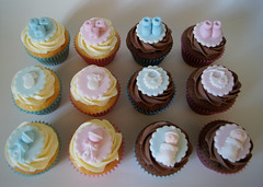 Baby Shower cupcakes (Little_Cakes_UK) Tags: baby cakes cupcakes babies leicestershire bricks bib northamptonshire lincolnshire vest stamford rutland oakham cambridgeshire babyshower bootees rattle littlecakes uppingham