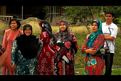 1st trial of HDR (Tsaqib Al-Hasawi) Tags: family portrait smile candid muslim eid hijab malaysia raya malaysian effect hdr tudung crossarm