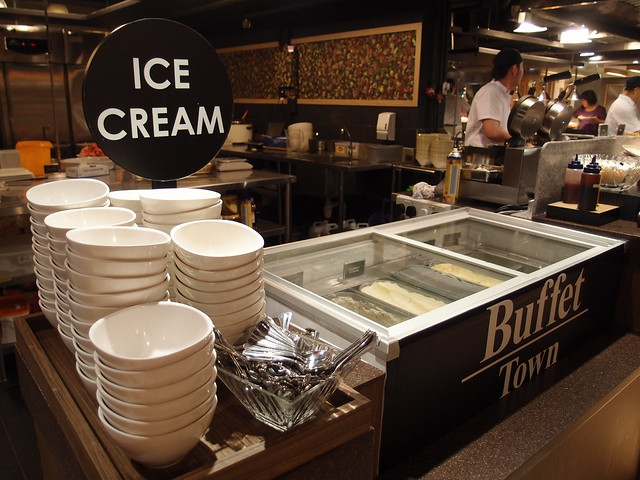Buffet Town Ice Cream Counter