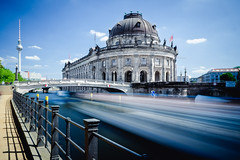 day travel (Tafelzwerk) Tags: berlin museum river germany boot boat nikon ship nd fernsehturm f22 brcke fluss spree mitte schiff tvtower brigde museumsinsel bodemuseum langzeitbelichtung berlinmitte longtimeexposure longtime ndfilter tamron1750mm d7000 nikond7000 tafelzwerk ndx64 tafelzwerkde