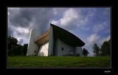 (tozofoto) Tags: light shadow sky house france travelling church colors architecture canon le ronchamp corbusier notredameduhaut francecomt tozofoto
