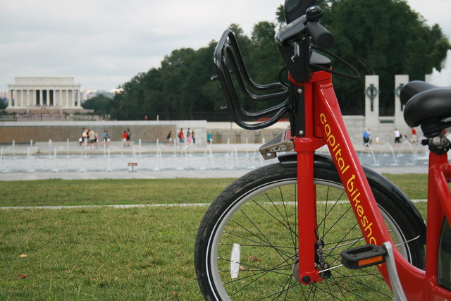 Capital Bikeshare at the WWII Mem.