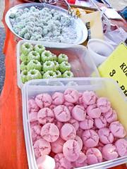 DSCN2306 Kuih ,Ramadhan bazaar , Ipoh ,Malaysia- 2011