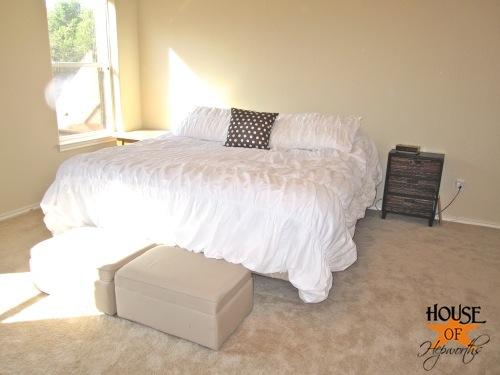 master_bedroom_white_bedding_05