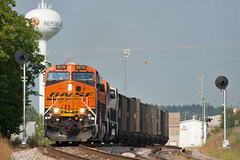 Home of the Tigers (Trainboy03) Tags: santa burlington republic mo missouri fe northern bnsf 6270