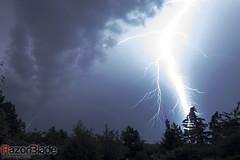 _MG_8977-2k (RazorbladePhotography.de) Tags: night canon germany deutschland eos nacht himmel wolken blitz gewitter niedersachsen lowersaxony 500d thunderstrorm razorbladephotography