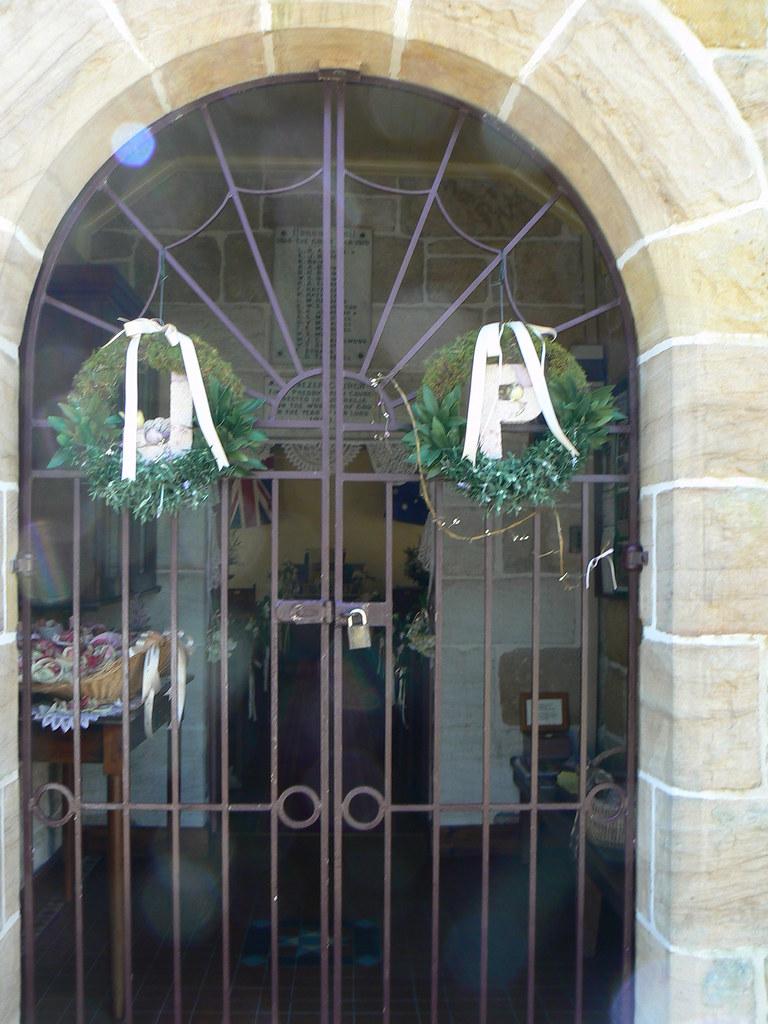 Bathroom Decorations For Wedding : Church wedding decoration ideas
