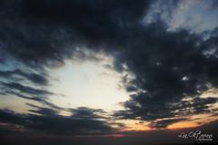 Sunset @ Tanah Lot (Lia Oktaviani Handoko) Tags: sunset bali cloud cool awesome senja tanahlot langit