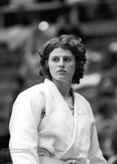 Kanokogi, a young white woman in a gi. Black and white photo