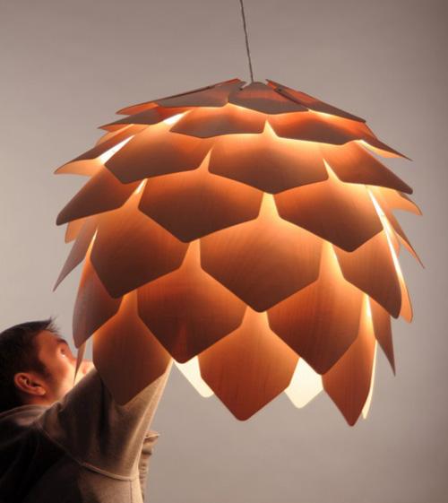 pineconelamp1.jpg