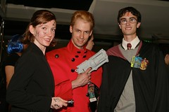 Amy Pond, Vash the Stampede, and Harry Potter (DalaiMickey) Tags: costume cosplay harrypotter hogwarts fandom dragoncon dragoncon2011