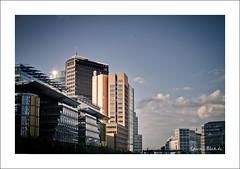 Berlin City (Ineound) Tags: berlin pentax platz potsdamer potsdamerplatz 40mm limited k5 da40mm smcpda40mmf28 da40mmltd pentaxk5 spiegelblickde