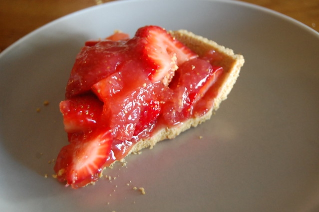 strawberries & pie