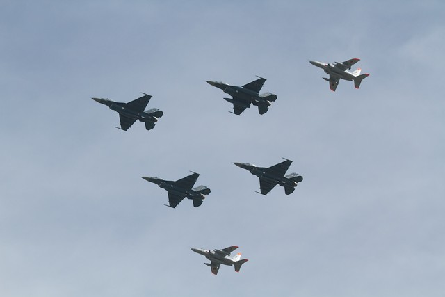 JASDF F-2 T-4