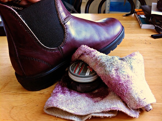 how to clean and polish blundstone boots